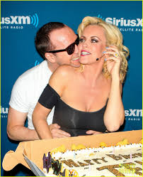 Sirius Xm Halloween Radio Station 2014 by Jenny Mccarthy U0026 Donnie Wahlberg Channel U0027grease U0027 At Siriusxm