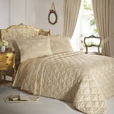 Bedroom: Quilted Bedspreads With Striped Rug And White Brick Walls ... Bed Marvelous White Twin Bed Under 150 Cool Frame Duvet Wonderful Trina Turk Ikat Linens Horchow Color Best 25 Pottery Barn Quilts Ideas On Pinterest Daybeds Fabulous Paris Theme Daybed Comforter Sets In For Relieve Hotel Collection Coverlet Hq Home Decor Ideas Bedding Beautiful Taupe Adairs Kids Girls Rainbow Sunshine Bedroom Quilt Covers Vikingwaterfordcom Page 35 Solid Plaid Barn Design Amazing Room Fniture Fnitures Magnificent Quilts Sale