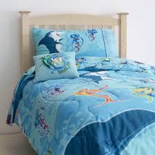 Zipit Beddingcom by 1000 Ideas About Shark Bedroom On Pinterest Room Fish Frolics