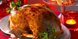 cuisiner un chapon farci chapon farci sous la peau recette sur cuisine actuelle