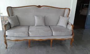 rénovation canapé rénovation de canapé style régence dans le beaujolais christian