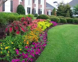 Outstanding Colourful Round Rustic Grass Flower Garden Ideas Decorative Mixed And Big Trees