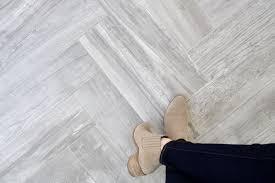 do it yourself divas diy herringbone tile floor sunroom