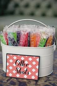 31 Impossibly Fun Wedding Ideas For An Outdoor Summer Serve Up Some Alcoholic Otter Pops