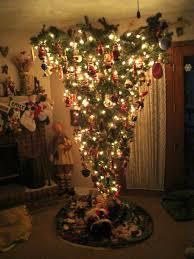 Thread My Upside Down Christmas Tree