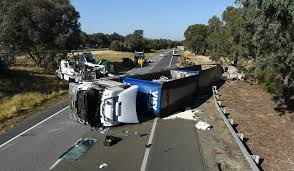 100 Truck Rollover Hume Freeway Closed Due To Truck Rollover North Of Wangaratta The
