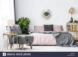 hotelzimmer möbel schlafzimmer stockfotos und bilder kaufen