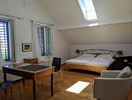 rooms zimmer gästezimmer in neuhausen am rheinfall region