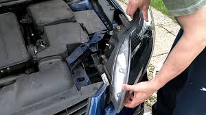 replacing a 2008 ford focus headl in 3 minutes