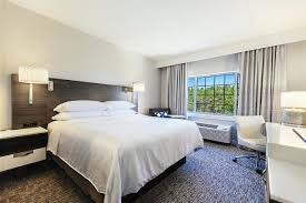 Atlantic Bedding And Furniture Jacksonville Fl by Sheraton Jacksonville Hotel Fl Booking Com
