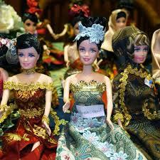 Mattel Barbie Doll Very Velvet Teresa Barbie 1998 20530 NIB