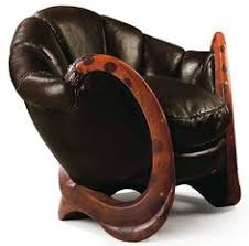 Salvador Dali Mae West Lips Sofa 1938 by A History Of Culture In 100 Sofas And Other Furniture 1