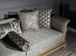 casa padrino luxus deco sofa silber schwarz beige gold 249 x 93 x h 72 cm wohnzimmer sofa mit dekorativen kissen deco wohnzimmer