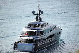 Nadine Yacht Sinking 1997 by Article 2089180 0f6c418d00000578 113 634x425 Jpg