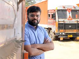 Inviting Truckers For Dinner Was Big Startup Idea Of Rivigo's Deepak ...