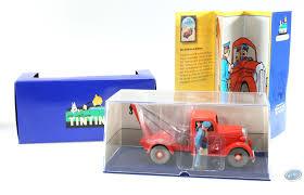 Véhicule De BD En Voiture Tintin La Dépanneuse Et La Voiture Accidentée La Coloriage Tom La Depanneuse