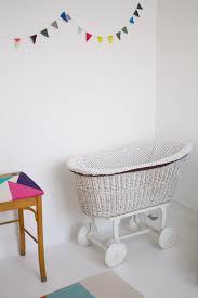 rocking chair chambre bébé rocking chair chambre bb simple rocking chair pour chiller tout