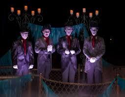 Halloween Theme Parks California by Halloween Time At Disneyland Resort Runs Sept 9 Oct 31