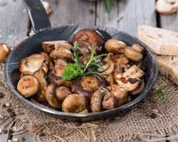 comment cuisiner les cepes frais recette fricassée de chignons