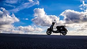 Vespa Piaggio Scooter Retro Motorbike Motorcycle