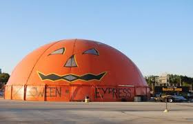 Halloween Express Hours Milwaukee by Milwaukee Daily Photo October 2008