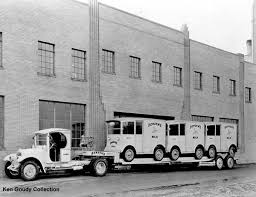 With Borden's Milk Delivery Trucks. (Photo: Ken Goudy Collection ... Truck Show Classics 2016 Oldtimer Stroe European 1949 Divco Model 49n Milk S125 Kansas City Spring 2012 For Sale Brian Cowdery Metal Sculpture Steel Hauler Recalls Cabovers Wreck Runaways And More From Six Cades Usa Arizona Old Munroe Editorial Stock Photo Image Of Intertional Photos From The K Line Parts Dare I Say Pword 1951 7 Smart Places To Find Food Trucks Truckrepin Brought You By Oregoninsuranceagents At Desert Dairy Experience Landscapes People Culture