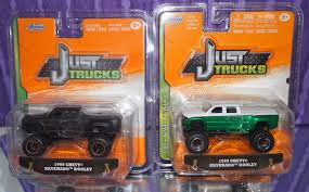 100 Just Trucks JADA JUST TRUCKS 1999 CHEVY SILVERADO DOOLEY 164 4X4 DUALLY