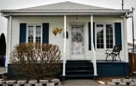 maison a vendre maisons à vendre dans grand montréal immobilier petites