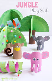 This Jungle Playset Looks Amazing And Is So Easy To Make Using Toilet Paper Roll Crafts Such A Great Way Spark Creativity Imaginative Play