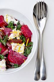 comment cuisiner les feuilles de betterave salade de feuilles de betterave et sa brousse citronnée recette