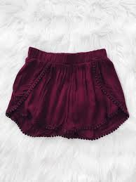 find out where to get the top flowy shorts shorts and clothes