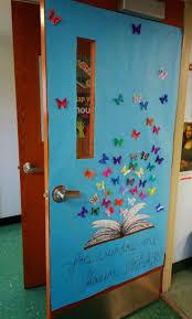 Christmas Classroom Door Decorations On Pinterest by Best 20 Classroom Door Ideas On Pinterest Teacher Bulletin