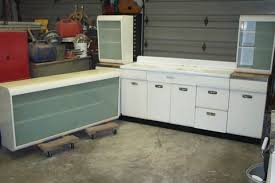 Can 1940s Kitchen Cabinets Mix With A 1960s Refrigerator Laura