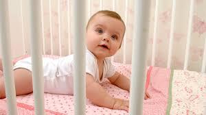 bei hitze sollten kinder nicht in baumwollkleidung schlafen