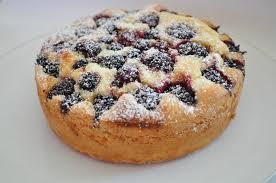 gâteau aux fruits simplissime et tout moelleux cuisine avec