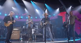 Derek Trucks, Darius Rucker, Jason Aldean, & More Perform