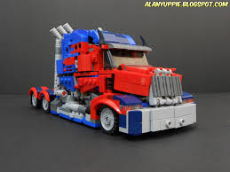 Optimus Prime From Transformers The Last Knight : Lego