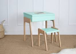 bureau design enfant bureau incliné naturel kutikai design enfant best concept bureau