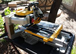 Dewalt Tile Saws Home Depot by Dewalt Tile Saw Review The Construction Academy