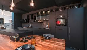 cuisine bois et cuisine en bois savoir marier les couleurs mobalpa