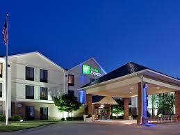 Holiday Inn Express Warrensburg Hotel by IHG