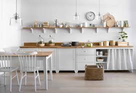 cuisine bois blanchi meuble cuisine bois blanc en photo