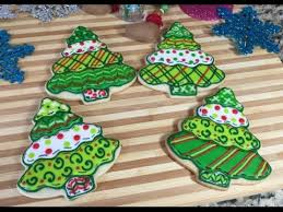 Patchwork Christmas Tree CookiesHow To