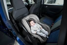 coussin pour siege auto bebe babymoov coussin réducteur pour siège auto cosyseat noir zinc