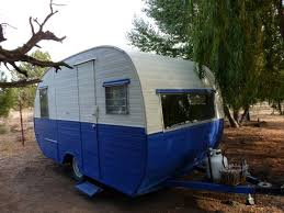 This One Is For Sale In Terrebonne On Craigslist Cute Vintage Trailer 1958 Cardinal Canned Ham