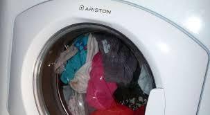odeur linge machine a laver comment enlever les mauvaises odeurs du lave linge autour du