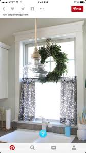 Kenney Magnetic Window Curtain Rods by Best 25 Cafe Curtain Rods Ideas On Pinterest Burlap Curtains