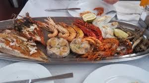 camion cuisine soul swordfish crayfish squid languistines and 3 types of prawns