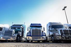 100 Ct Trucking Amid Trucker Shortage Trump Team Pilots Program To Drop Driving Age