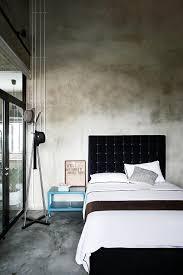 estrich der fußboden im industrial style schlafzimmer
